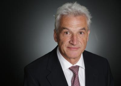 Dr. Volker Stanzel 史丹泽博士